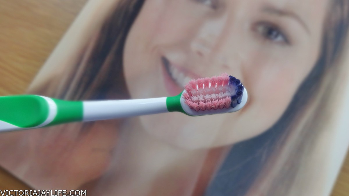 NEW Corsodyl Daily Toothbrush